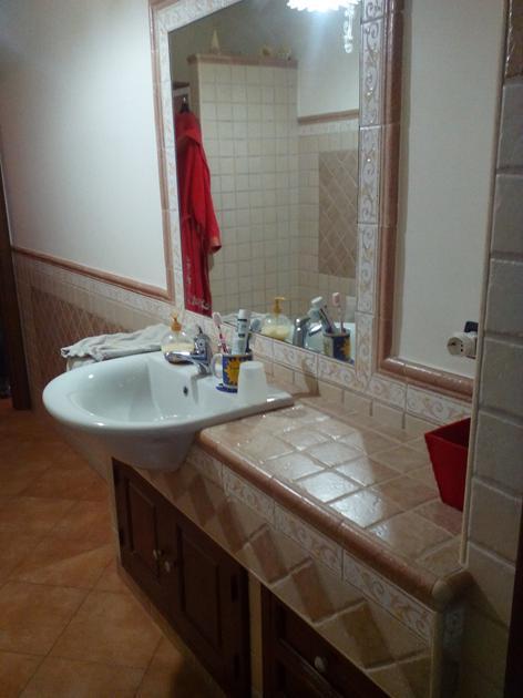 Bagno in muratura con lavabo semincasso - Lavabo bagno muratura ...