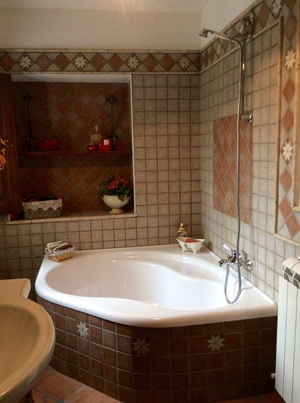 Bagni - Vasca da bagno in pietra ...